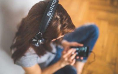 Audios y bases para calentar tu voz (sin necesidad de instrumentos)